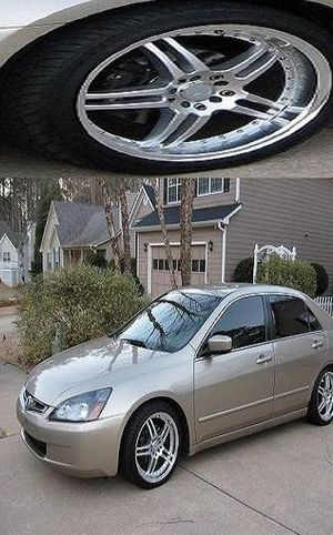 Clean$6OO Accord EX 2OO5 Gold for Sale in Bradenton, FL
