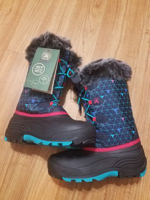 Kamik snow boots for girl size 5 for Sale in Arlington Heights, IL