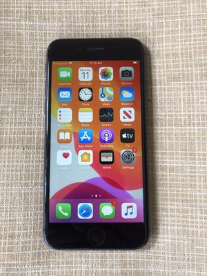 Unlocked iPhone 8 64G for Sale in Fresno, CA