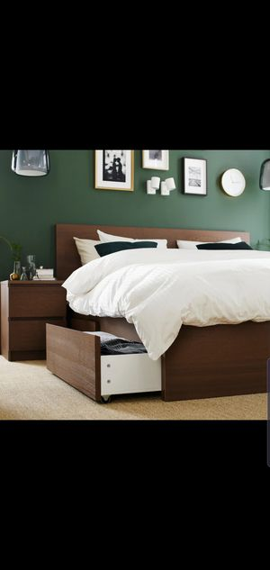 LIKE-NEW Full Ikea Malm Storage Bed Frame with 4 Drawers and Simmons Beautyrest Pillowtop Mattress for Sale in Renton, WA