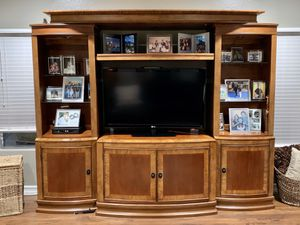 7pc Solid Wood Entertainment Center for Sale in Wildomar, CA