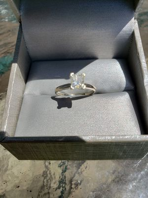 1Ct Princess Cut Engagement Ring for Sale in La Crosse, WI