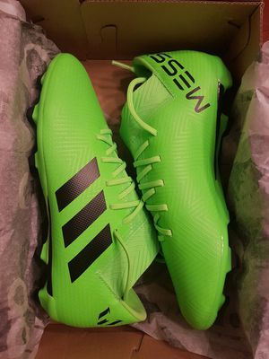 New Adidas Nemeziz Soccer Shoes (Size 5Y) for Sale in Vancouver, WA
