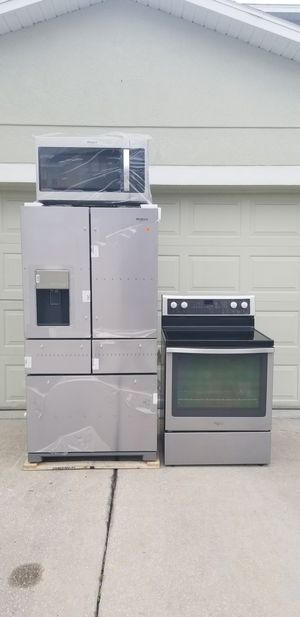 New stainless steel appliance set for Sale in Tampa, FL