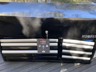Large Tool Box *Damaged* for Sale in Henderson,  NV