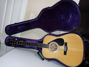 Today only $230 Yamaha Acoustic Guitar Fg200D for Sale in Philadelphia, PA