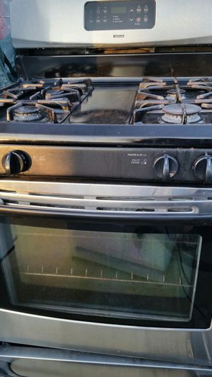 Stainless Gas stove 3 months warranty for Sale in Lincolnia, VA