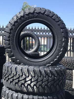 Toyo Open Country MT 35-12.50-20 for Sale in Claremont, CA