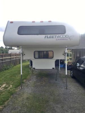 1999 Fleetwood Caribou Truck Camper for Sale in Tacoma, WA