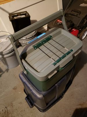 Cooler for Sale in Milwaukee, WI