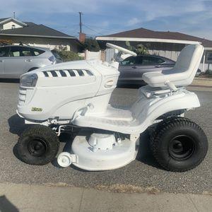 John Deere E120 Tractor Mower for Sale in Long Beach, CA