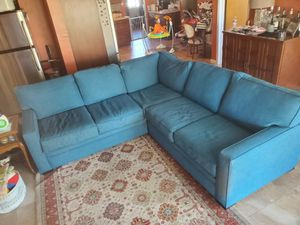 8ft sectional couch for Sale in Scottsdale, AZ
