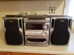 Aiwa CD player with two cassettes. for Sale in Newark, NJ