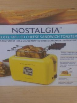 Grilled Cheese Sandwich Toaster! for Sale in Everett,  WA