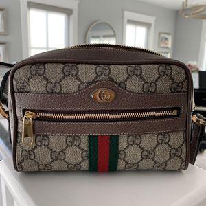 Like New Gucci Ophidia Mini Bag for Sale in Hermosa Beach, CA