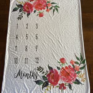 "Girls ""months"" Blanket for Sale in Lodi, CA"
