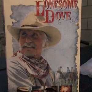 VHS 📼 Mini Series Lonesome Dove for Sale in East Los Angeles, CA