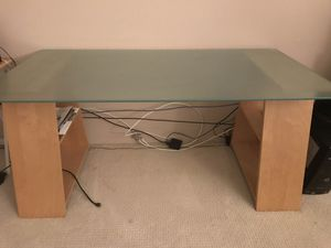 Beautiful desk for Sale in Los Angeles, CA