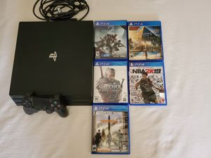 PS4 PRO BUNDLE WITH 5 GAMES for Sale in Las Vegas, NV