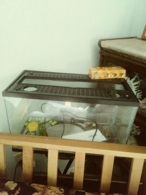 Fish tank for Sale in Lakeland, FL