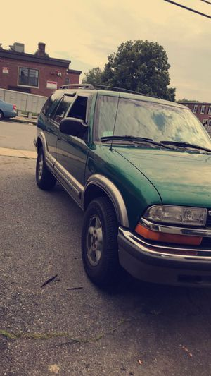 1999 chevy blazer for Sale in Taunton, MA