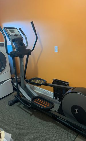 Nordictrack elliptical Audiostider990 for Sale in Tamarac, FL