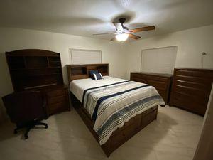 Queen Bedroom set, STORAGE BED, Dresser with mirror, Chest, Nightstand, Desk with Hutch for Sale in Aventura, FL