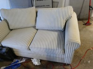 Love seat and sofa for Sale in Pittsburgh, PA