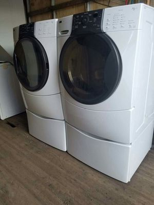 Washer and electric dryer for Sale in Fort Washington, MD