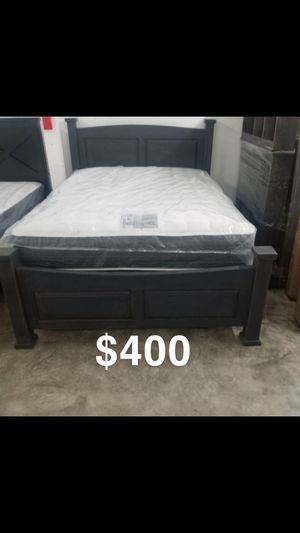 Queen bed frame with mattress included for Sale in Gardena, CA