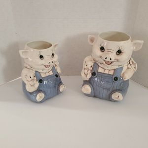 Vintage 2pc Set Pig Flower Planter Pots Or Utensil Holder Container Country Farmhouse Shabby Chic Piglets Piggy for Sale in Henderson, NV