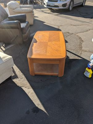 Coffee table for Sale in Sunriver, OR