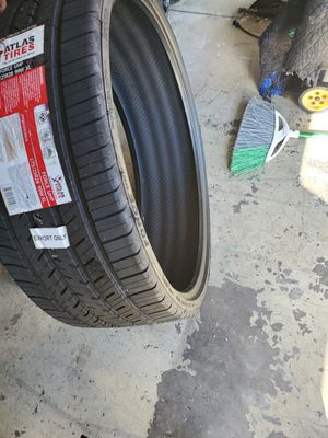 """5 new 28"""" tires for sale $$1,000 Or best offer for Sale in Ocoee, FL"""