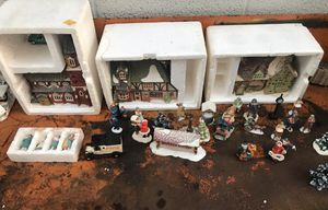 1989 Edition Heritage Village Collection - Dickens Village- Dept 56 for Sale in Hermosa Beach, CA