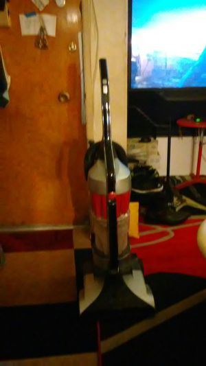 Hoover Platinum Collectable Vacuum for Sale in Los Angeles, CA