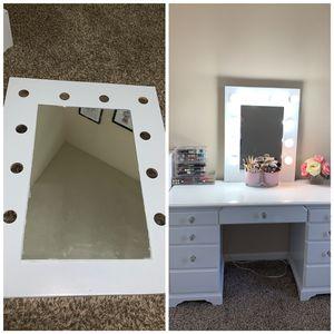 Hollywood vanity mirror base for Sale in Murfreesboro, TN