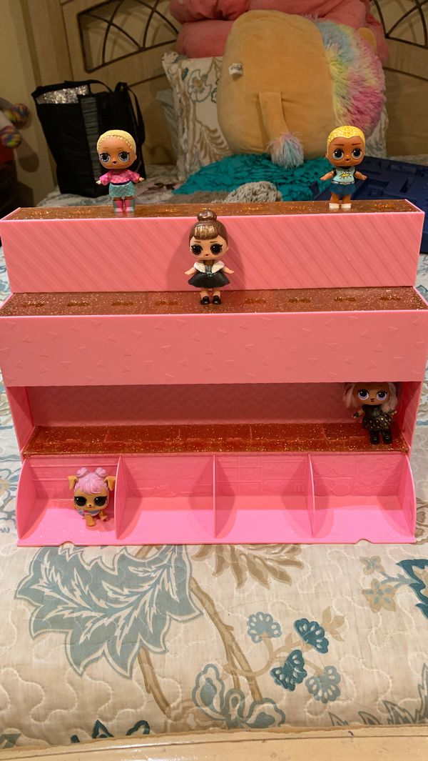 LOL DOLL STAND AND STORAGE