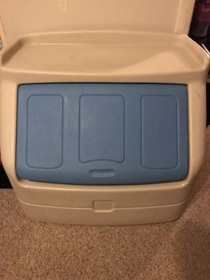 Step 2 toybox for Sale in Strongsville, OH