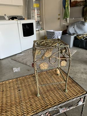 Two stands 30 dollars for the pair for Sale in Menifee, CA