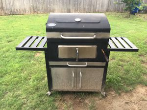 2 BBQ grills for Sale in San Antonio, TX
