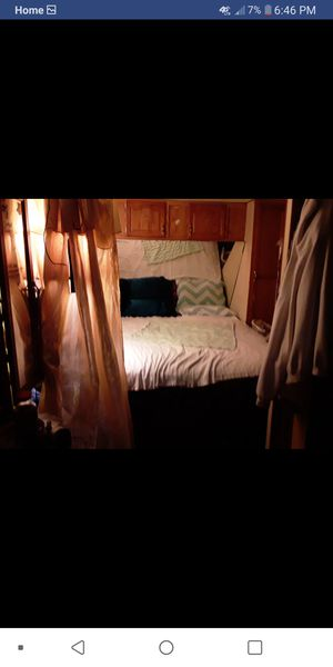 Travel trailer Camper need gone today for Sale in Zephyrhills, FL