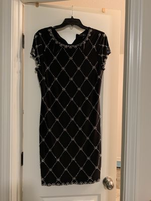Betsy & Adam beaded dress for Sale in Lillington, NC