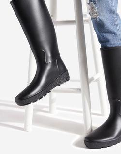 Black Rubber Rain Boot Size 8 for Sale in Santa Ana,  CA