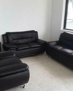 """FIRE 🔥 SALE"" 3-PC Black Leather Livingroom Set for Sale in Austin,  TX"