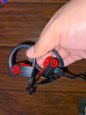 Power Beats 3 wireless 10 year Decade collection for Sale in Fresno, CA