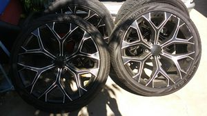 Rims and tires for Sale in Baldwin Park, CA