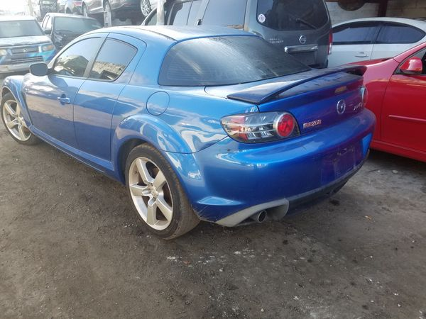 Mazda rx8 for parts out 2005