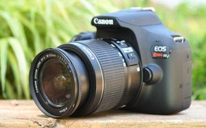 Canon rebel t7 for Sale in Clermont, FL