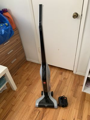 Hoover linx cordless rechargeable battery vacuum vaccum for Sale in Beverly Hills, CA