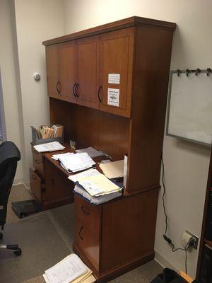 Work desk with back shelves for Sale in Washington, DC